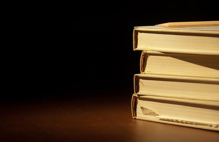 ورزیدگی ذهن و توسعه فردی با کتاب