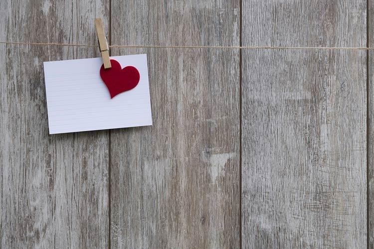 استراتژی محتوا در روابط عاشقانه و...