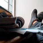 .خواندن، دشمن نوشتن است؟
